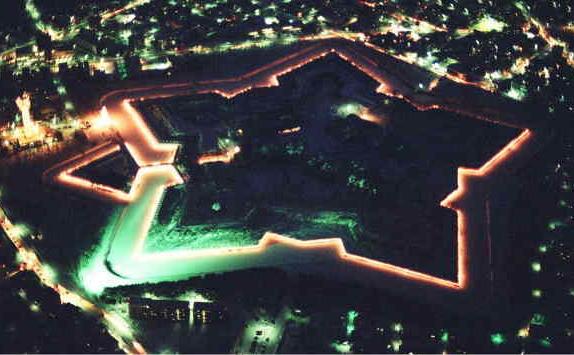 【幕末の最期を飾った激戦地】 函館 五稜郭のライトアップが最高にロマンチックな件