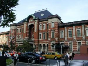 Tokyo-eki-marunouchi-2004-04-22