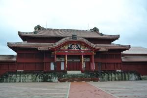 これが有名な王の宮殿「正殿」。