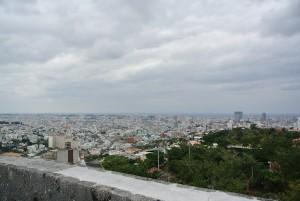 首里城から見渡す沖縄 那覇の市内。琉球王もこの景色を眺めたのだろう。