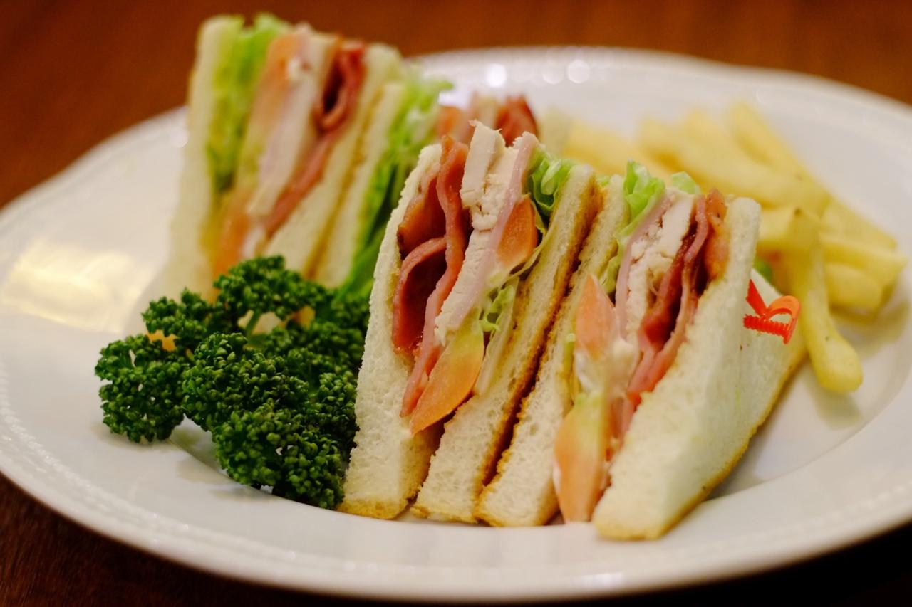 サンドウィッチ伯爵は、本当にカジノでサンドイッチを食べたのか?  哲舟の「偉人は食から作られる!」 VOL.13