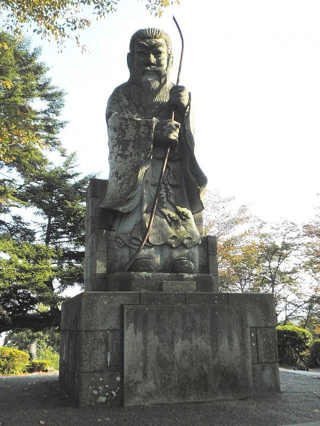 第26代継体天皇。立花左近氏撮影 wiipedia