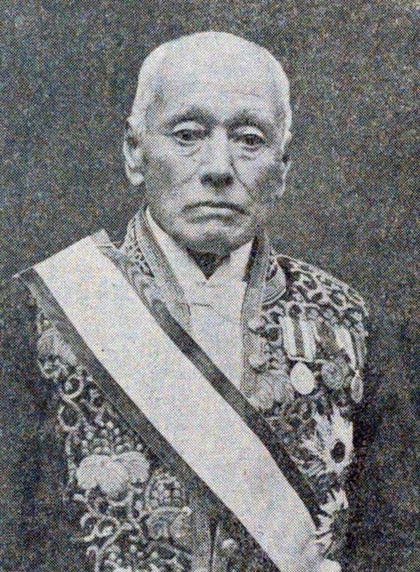 【山川健次郎(やまかわ けんじろう)。1854~1931年。のちに日本人初の物理学教授となり、東京大学初の理学博士号を授与された秀才】