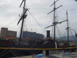 【龍馬伝】 お隣には大河ドラマ「龍馬伝」にも使われた船がありました。