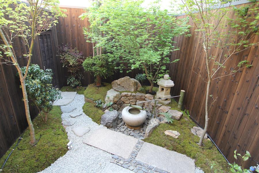 美しい坪庭。