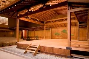 140年余を数える横浜能楽堂。