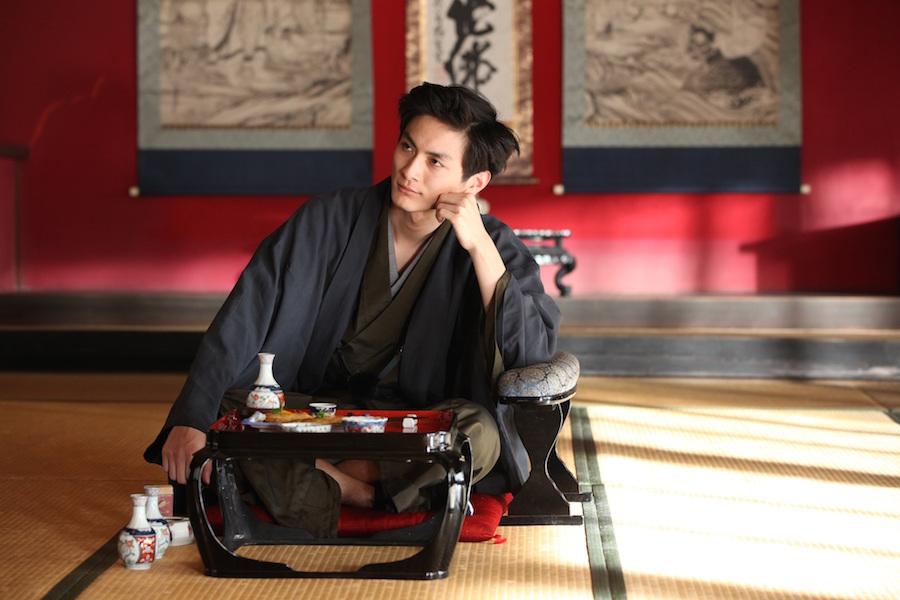 イケメン高良健吾さんは芥川龍之介役。ハマってます!