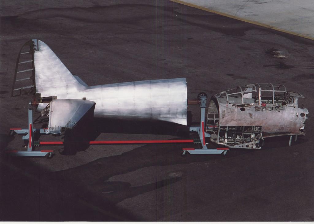 新しく設計、制作され後ろに繋げられた機体。