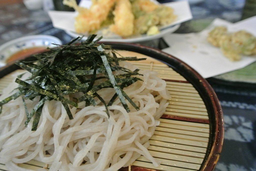 松本城北側の「もとき」のお蕎麦。美味。