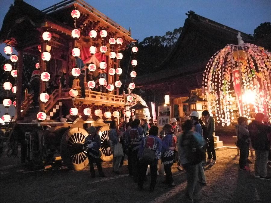 宵宮祭の風景。