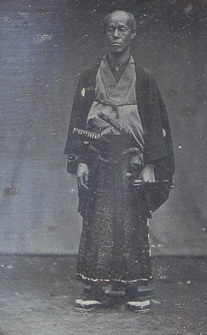 日本最古の写真「田中光儀像」