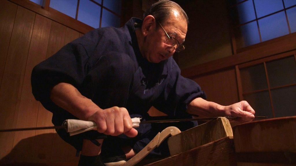 国宝の刀研磨師 本阿弥光洲氏。名刀に命を吹き込む。
