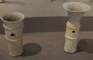 「垣根のように並べて使用されていた円筒埴輪」