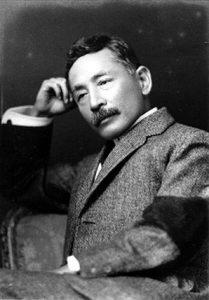 「坊っちゃん」夏目漱石とは同期だった。