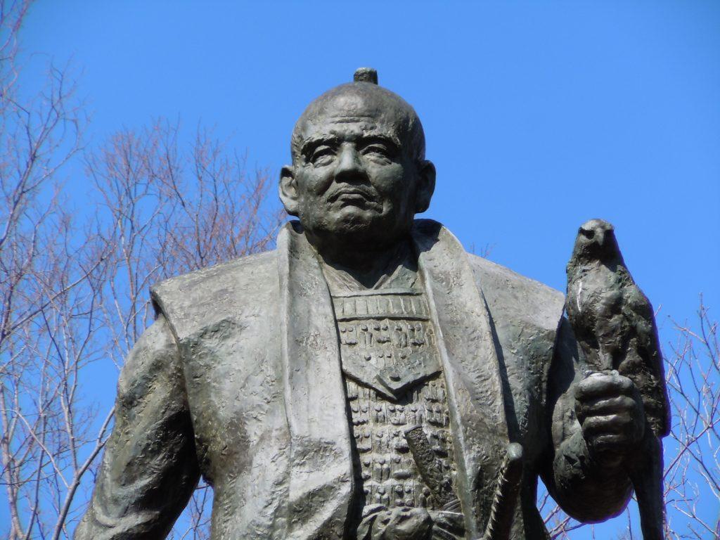 徳川家康の銅像。これは晩年期ですね。