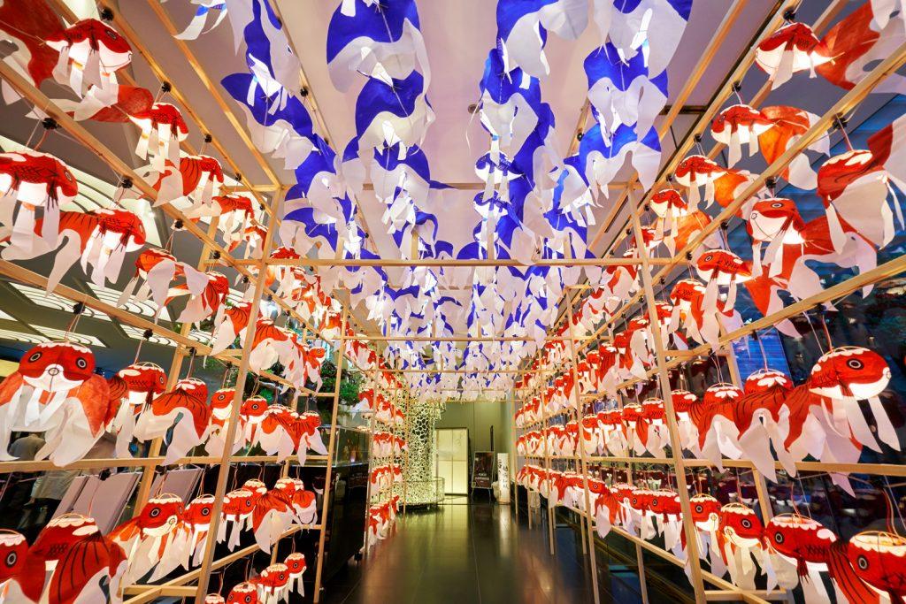 正面玄関には昨年も見た山口県柳井市「金魚ちょうちん祭り」のアーケードが。