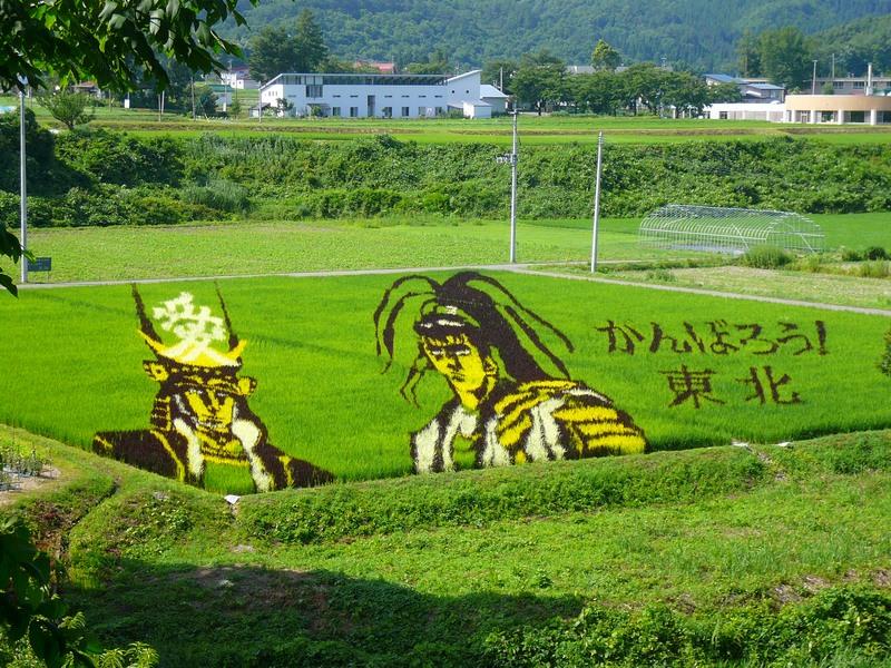 直江兼続と前田慶次。2011年震災の年には「がんばろう東北」の文字が。