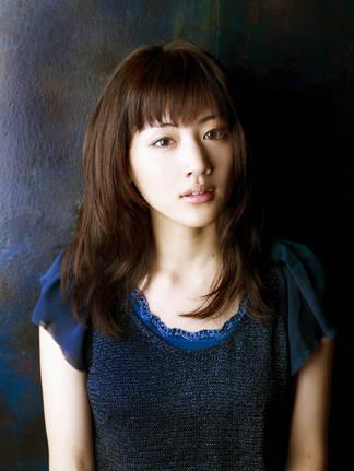 「八重の桜」で山本(新島)八重を演じた綾瀬はるかさん (C)HoriPro