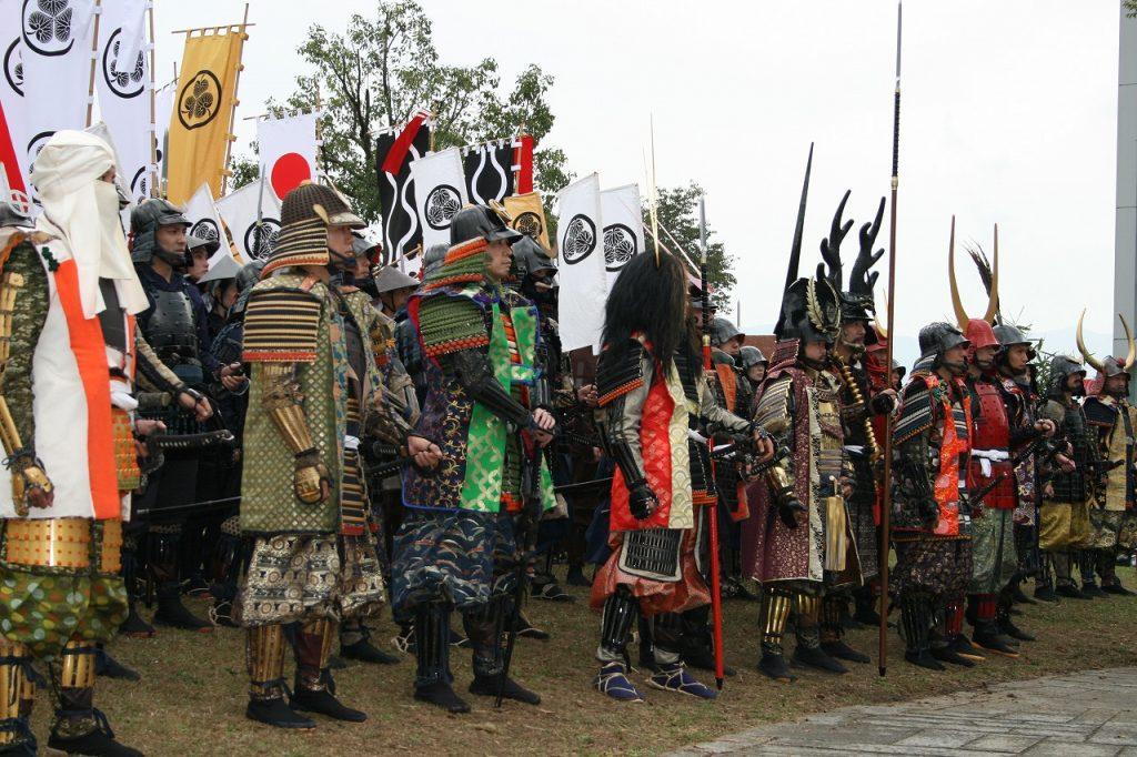 昨年の合戦祭りの様子。島左近や大谷吉継らも集まり圧巻です!