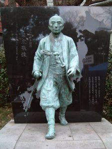 「歩いて歩いて日本全土を測量した伊能忠敬」