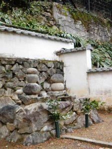森可行(左)・可隆(右)の墓 (岐阜県可児市可成寺)